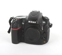 Nikon D800 body only (USED GEAR)